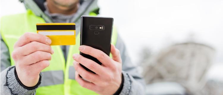 ロードサービス付帯のクレジットカードとは?
