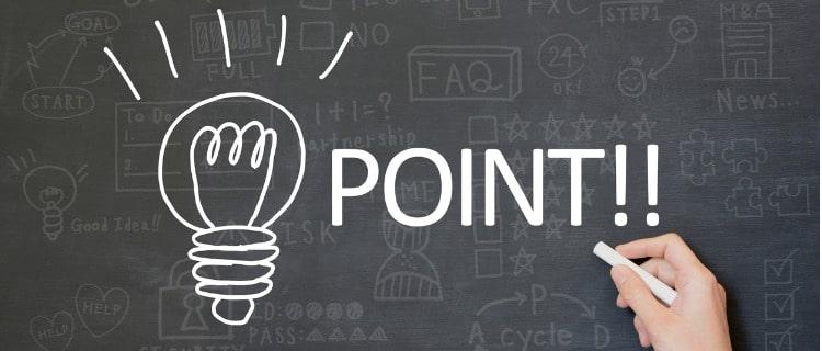 ボードに描かれたPOINTの文字とロゴ