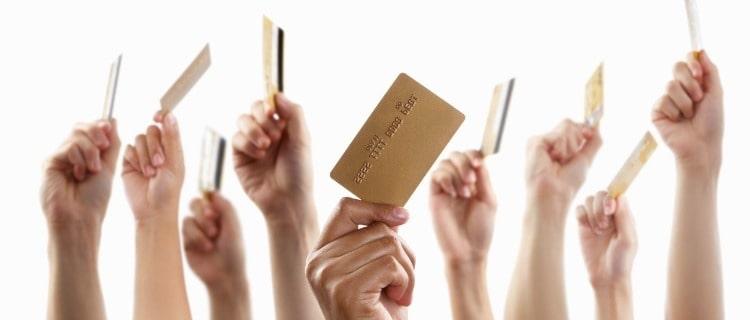 ゴールドカードを比較する際の3つのポイント