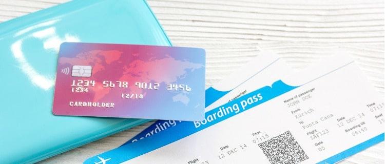 まとめ:海外旅行保険付きのクレジットカードは自動付帯がおすすめ