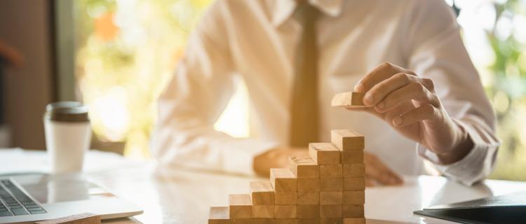 事業資金を貸金業者から借入れる時の注意点|今申し込める公的支援は?
