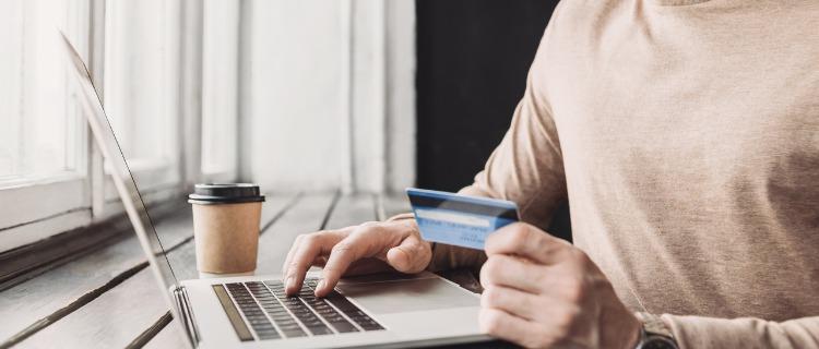 クレジットカードを作るまでの流れ